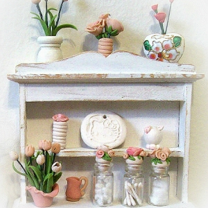 DOLLHOUSE DECOR ... 14